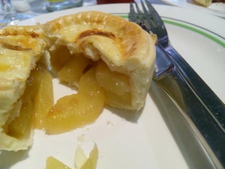アップルシナモンパイ:六本木マリン