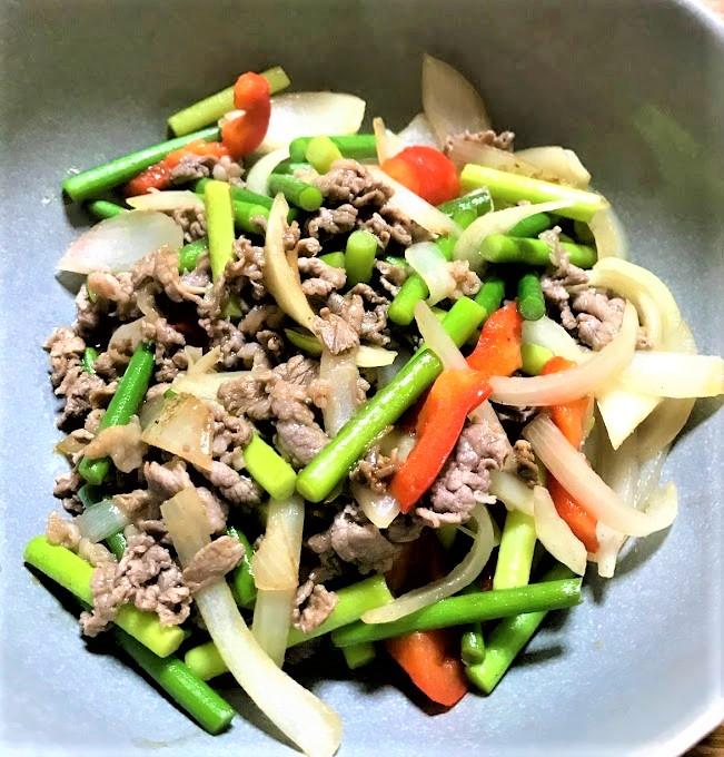 【酒の肴】牛肉とニンニクの芽のオイスターソース炒め