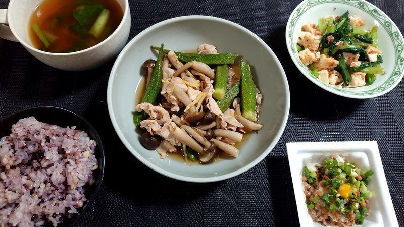 豚肉とオクラのサッと煮_食卓