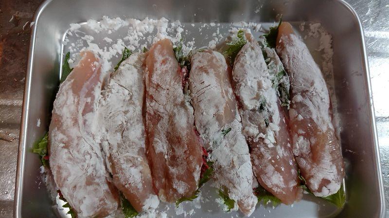 鶏ささ身の梅しそはさみ焼き_4