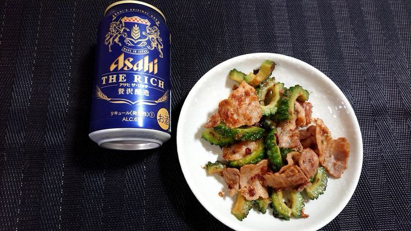 ゴーヤーと豚肉のしょうゆ炒め_食卓