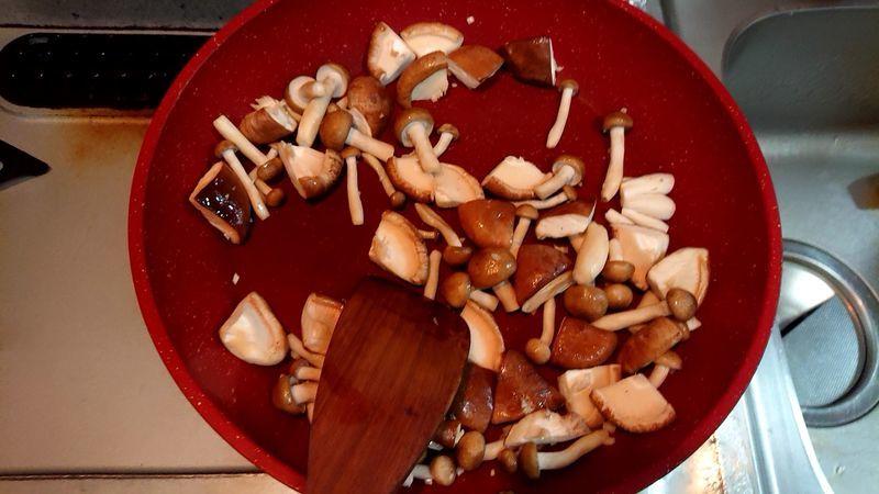サヴァ缶ときのこのマーボー豆腐風_3