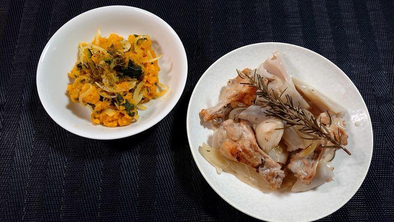 れんこんと鶏手羽元のハーブ煮_食卓