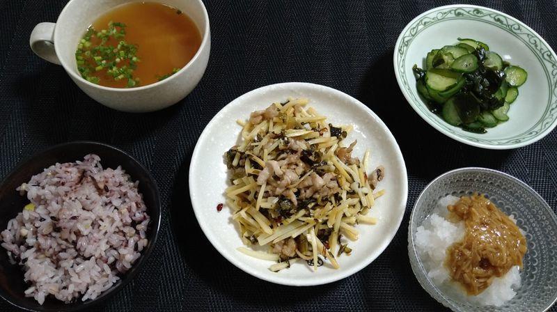 豚肉とたけのこの高菜炒め_食卓