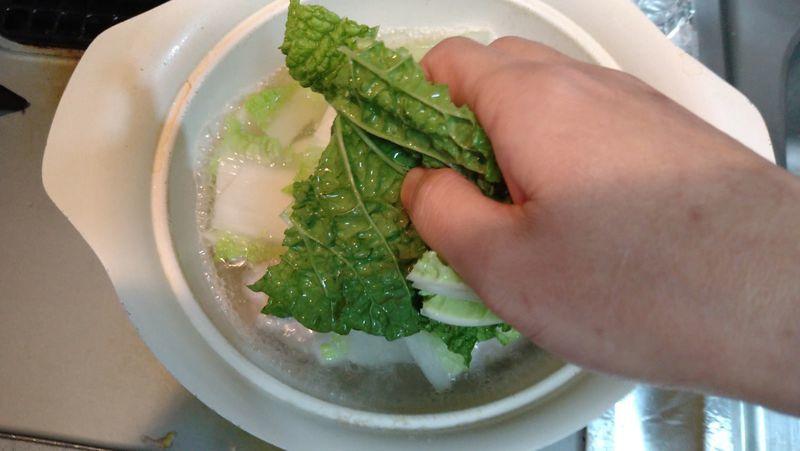 肉だんごとトロトロ白菜の鍋_7