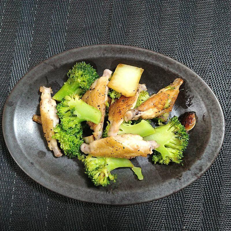 ブロッコリーと鶏手羽先の中華風_完成