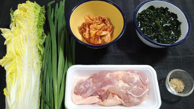 鶏肉のキムチ鍋_材料