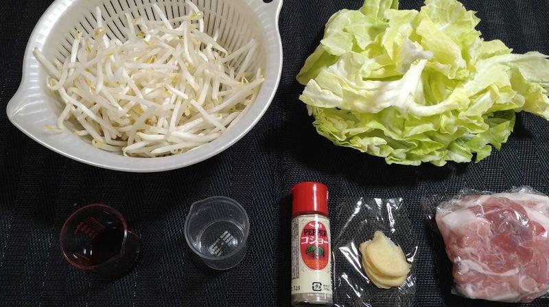 春キャベツで肉野菜炒め_材料