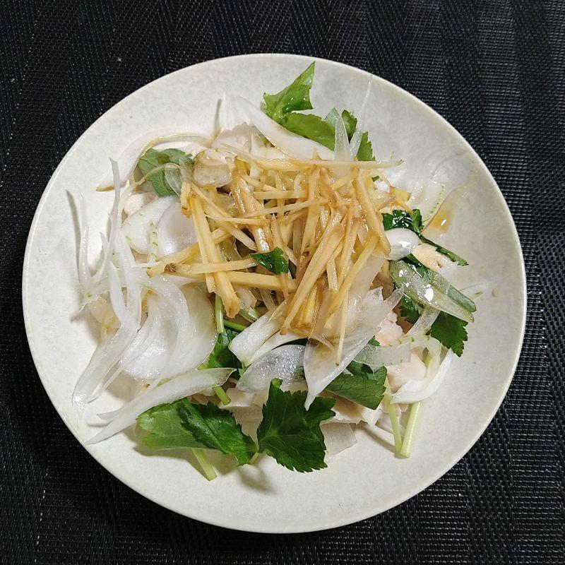 レンジ蒸し鶏と春野菜のサラダ_完成