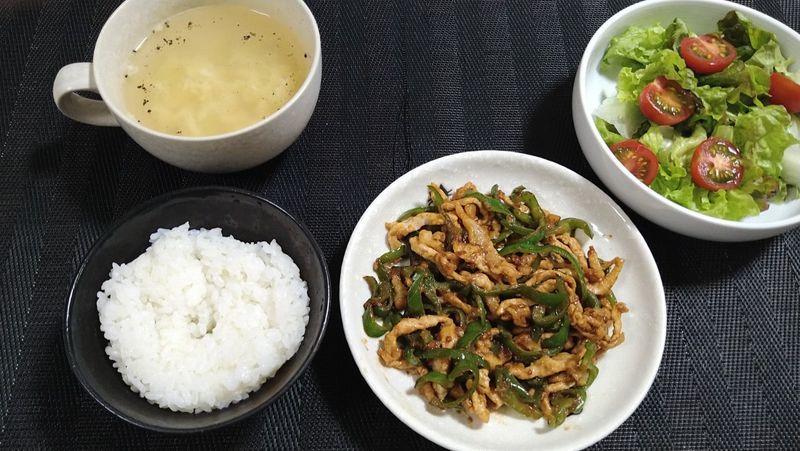 青椒肉絲_食卓