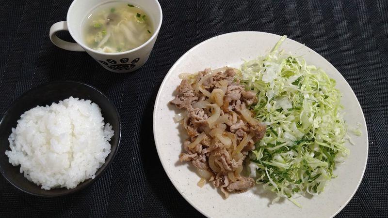 豚肉の梅しょうが焼き_食卓