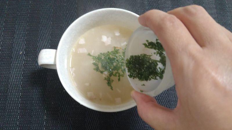 玉ねぎとベーコンのコンソメスープ_6