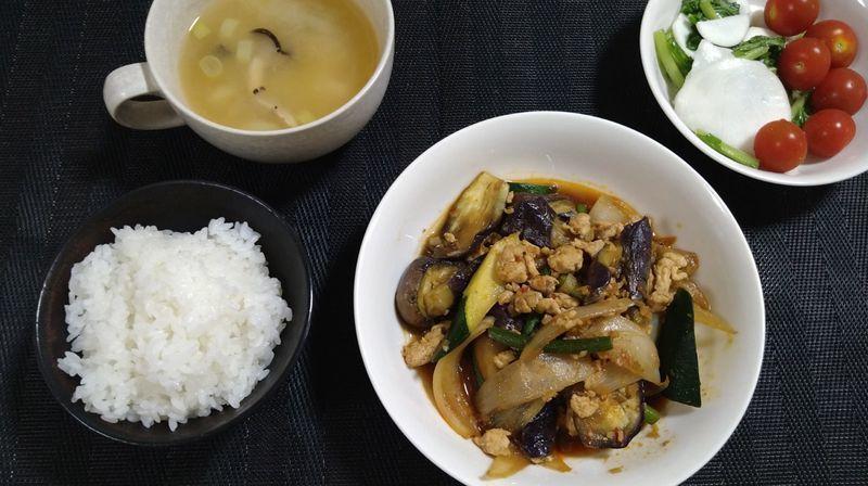 鶏ひき肉のマーボーなす_食卓