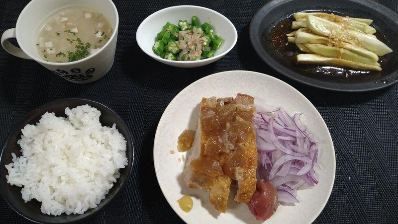 鶏の煮こごり_食卓