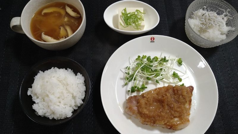 レモンポークジンジャー_食卓