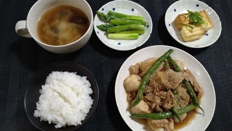 里芋と豚バラのオイスター煮_食卓