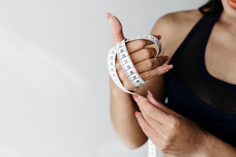 体重を落したりウエストを絞る目的のもとには有酸素運動は選ばない方が良い。る目的のもとには有酸素運動は選ばない方が良い。