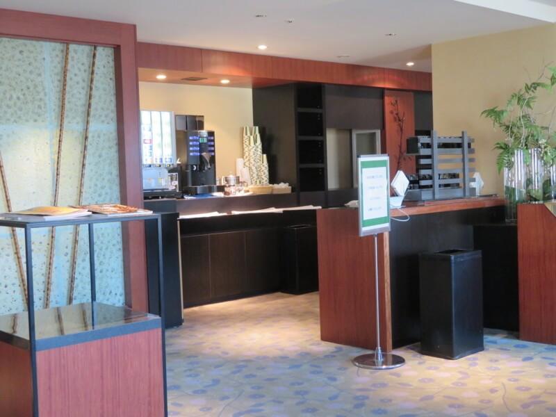リーガロイヤルホテルラウンジのドリンクバー写真