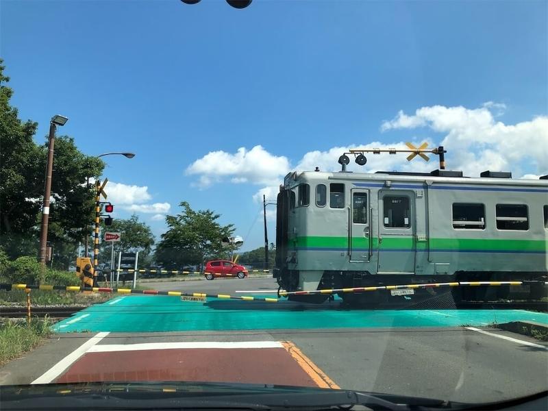 函館本線大沼公園駅の線路写真