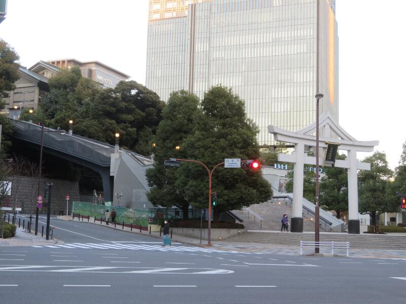 赤坂側から見た日枝神社写真