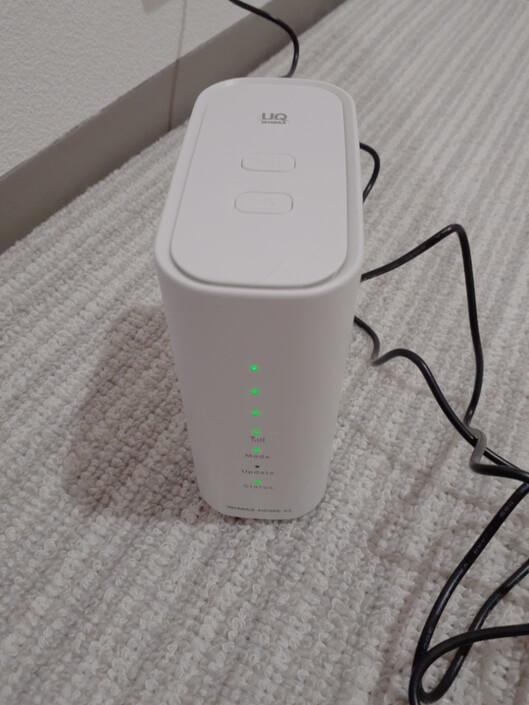WiMAX2+ホームルーターの、ハイスピードエリアモードを切り替えるボタンの写真
