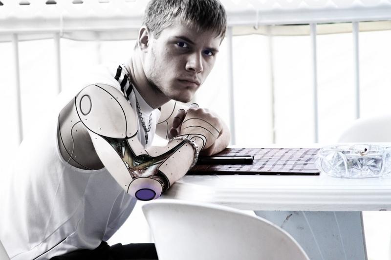 将来、ロボットが仕事をする画像