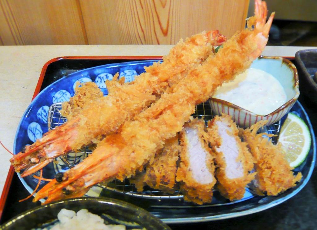 f:id:katsuyoshi-new-dining:20161127122918j:plain