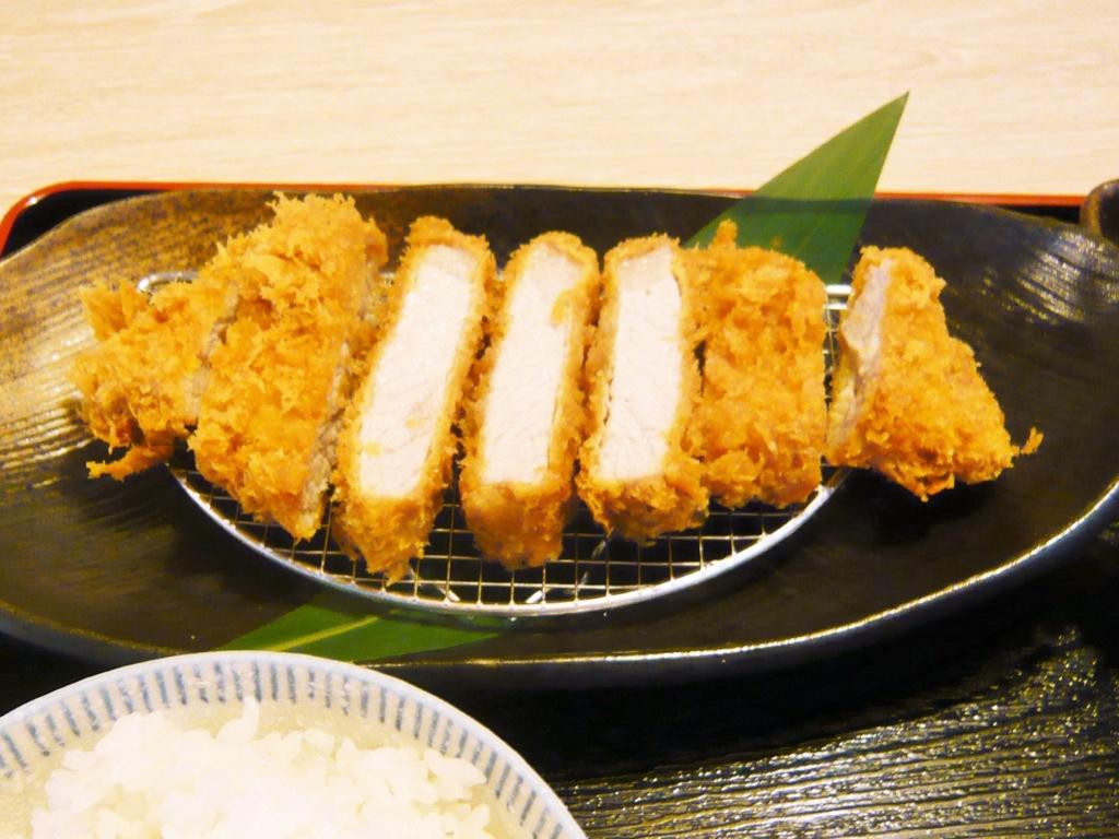 f:id:katsuyoshi-new-dining:20170513122849j:plain