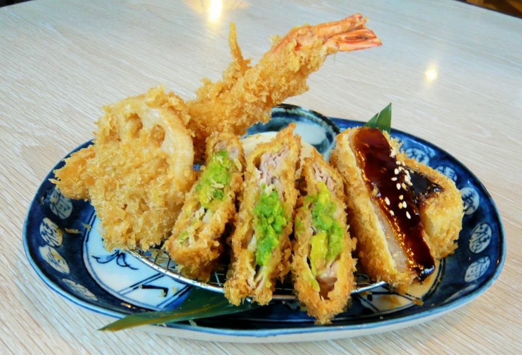 f:id:katsuyoshi-new-dining:20171022152219j:plain