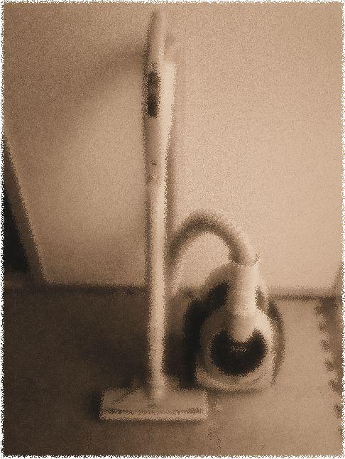 我が家で長らくお世話になったサイクロン掃除機のひとつ