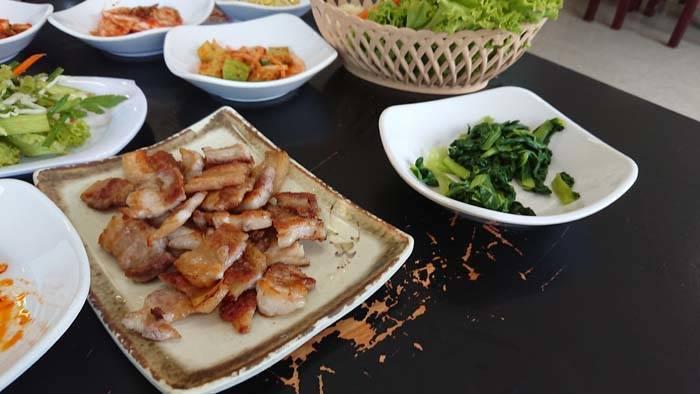 シェムリアップの韓国料理店 Daebak Korean(BBQ)