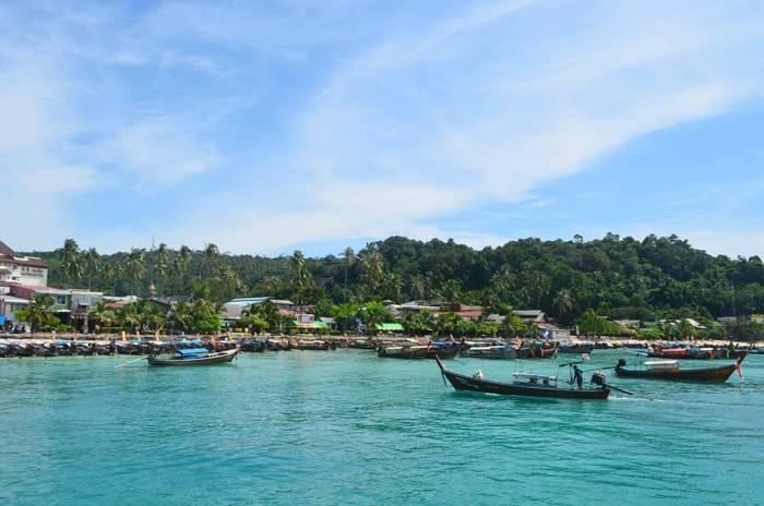 ピピ島からバンコクへ行く方法の説明