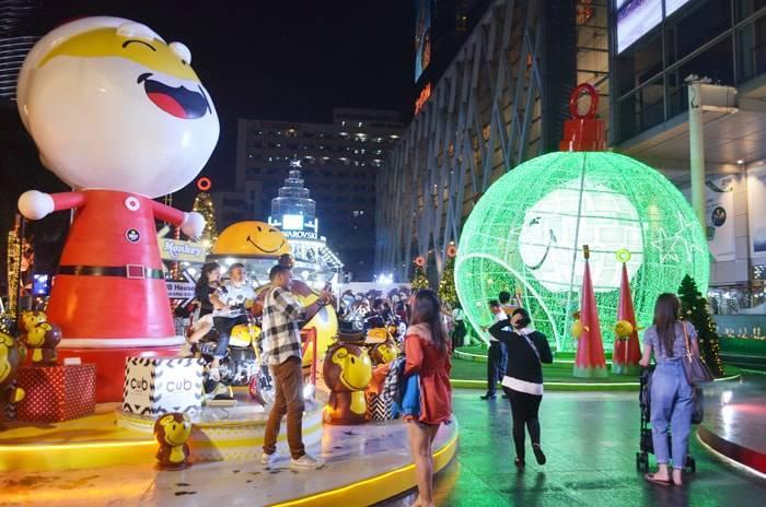 クリスマスシーズンのセントラルワールド