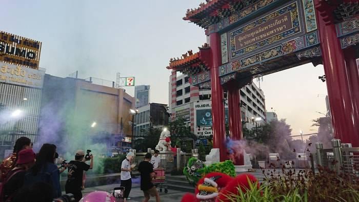 タイ・バンコクのマカブーチャ(万仏節)の街中の様子