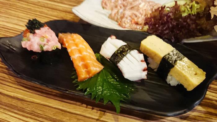 カオヤイの和食レストラン 寿司辰