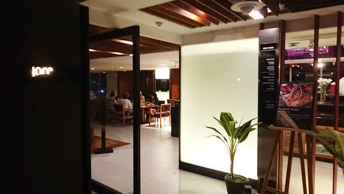 バンコクのディナービュッフェレストラン 100°East