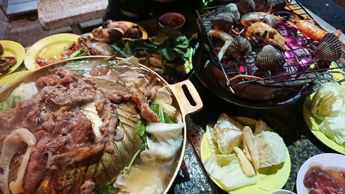 バンコクのムーガタとシーフード食べ放題のお店 リム ナム バーベキュー