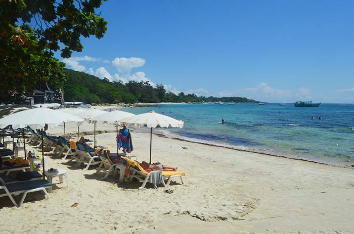 タイのサメット島