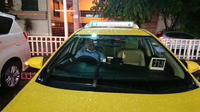 バンコクのベスト乗車拒否タクシードライバー