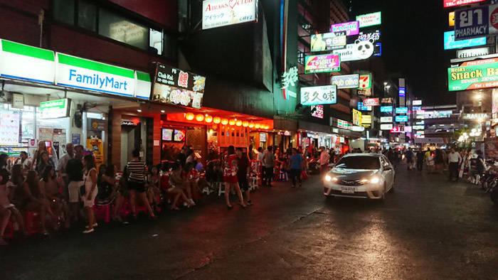 バンコク タニヤ通り