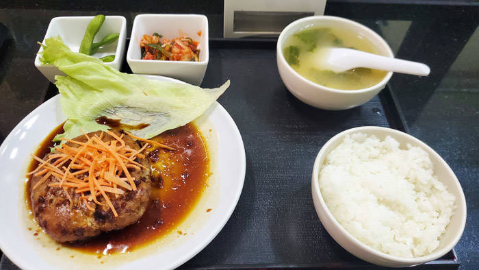 バンコクの美味しい豆腐ハンバーグ @天然豆腐