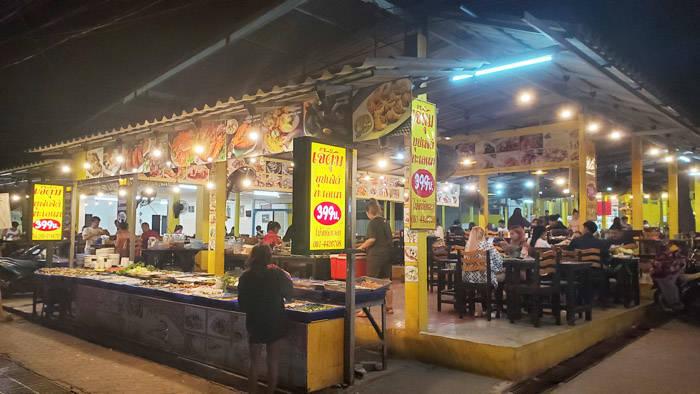 ラン島の食べ放題バーベキューレストラン
