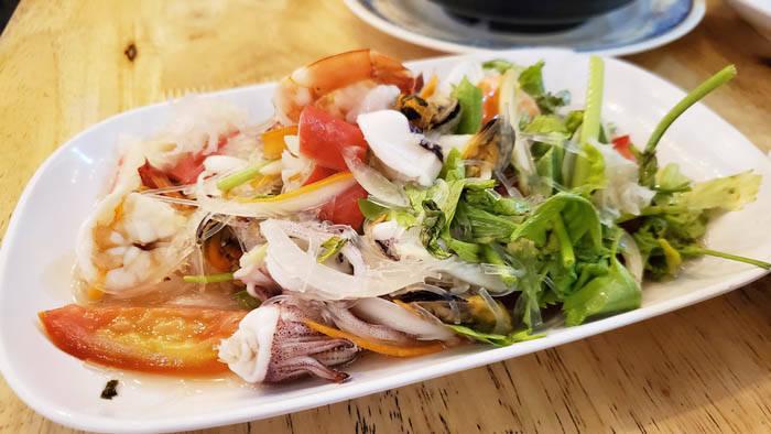 ラン島のタイ料理レストラン