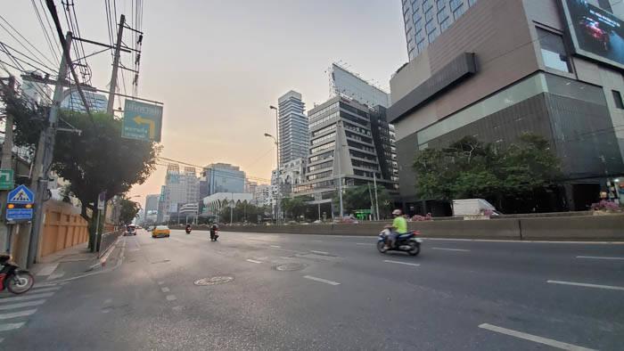 非常事態宣言が発動されたバンコク