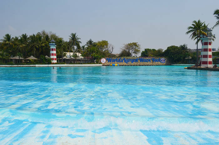 サイアムアメージングパークの世界一巨大なプール Siam Amazing Park