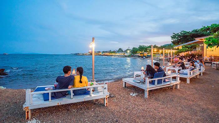 ラン島のオシャレなビーチレストラン