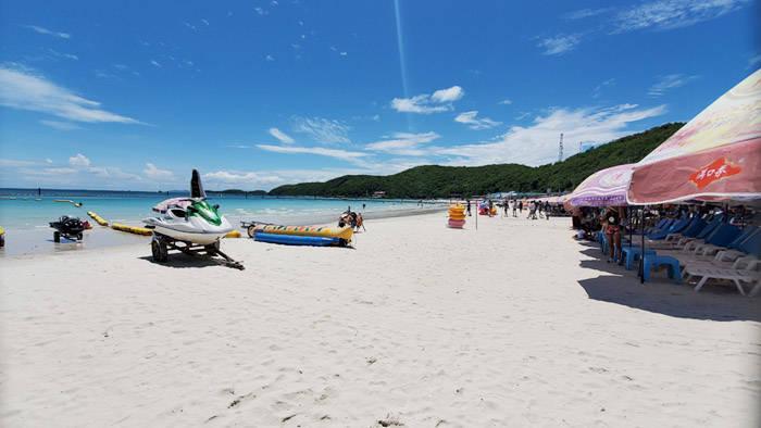 パタヤ ラン島のターウェンビーチ
