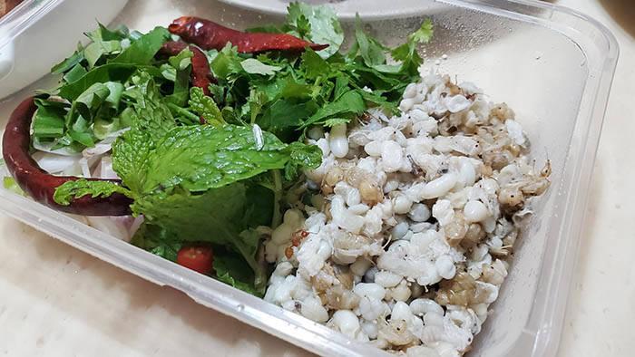 タイの蟻の卵料理