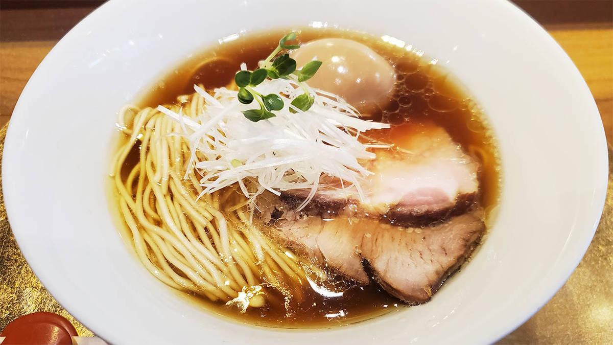 バンコク・トンローの六九麺の紹介