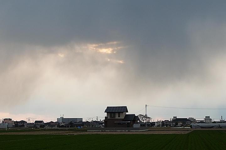 03/08(水)【愛媛県伊予郡松前町横田】 「寒空」